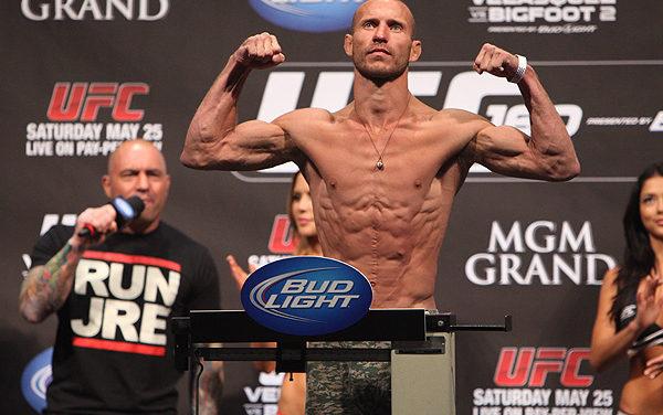 """Gledajte merenje za publiku """"UFC on FOX 23"""" (uživo 01.00)"""