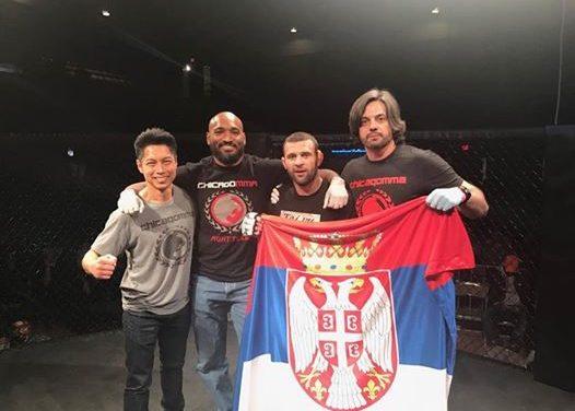 Rajačić pobedio u povratničkoj MMA borbi polugom u prvoj rundi!