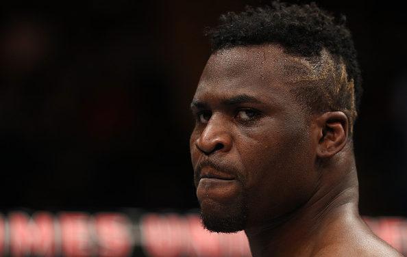 Francis Ngannou se oglasio povodom otkazane borbe sa Dos Santosom: Jako sam besan!