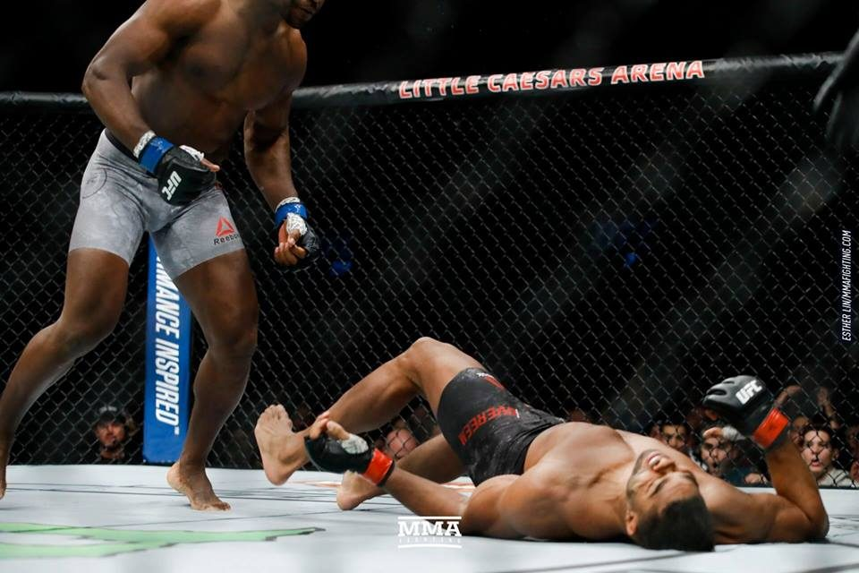 UFC 218: Ngannou nokautirao Overeema u prvoj rundi, Holloway završio Alda u trećoj rundi