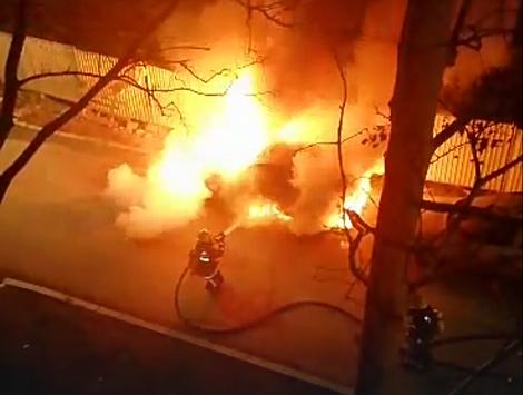 Saznajemo! Regionalnom MMA borbu zapaljen auto na parkingu ispred svog kluba!